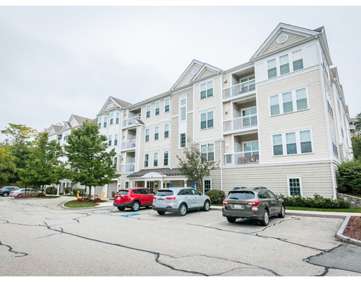 53 Bartlett Way, Waltham, MA 02452