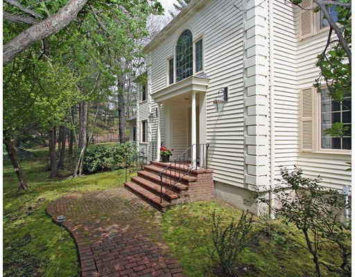 25 Farley Pond Lane, Needham, MA