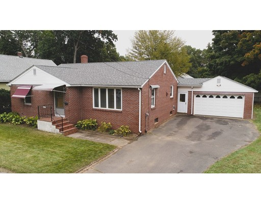90 Queen Avenue, West Springfield, MA