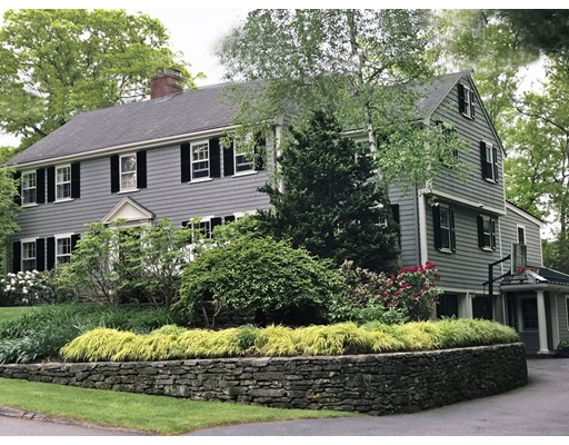 9 Deerfield Road, Wellesley, Ma