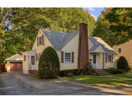 25 Cape Cod Avenue, Reading, MA