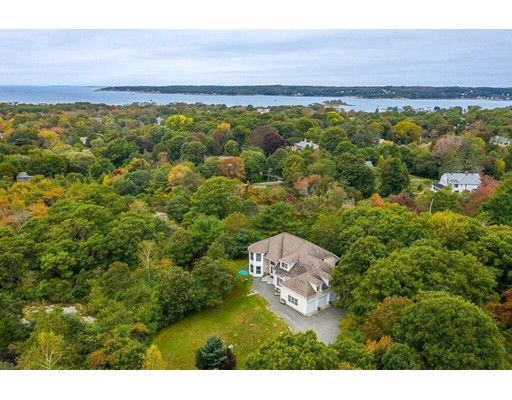 16 Seaview Road, Gloucester, MA