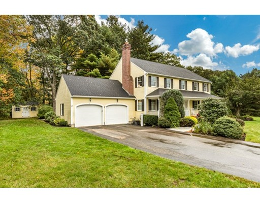 4 OLDE COACH Road, North Reading, MA