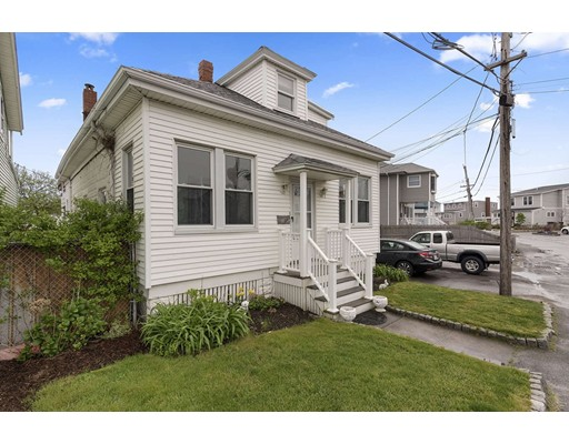 18 Castle Road, Nahant, MA