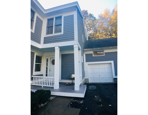 6 Blueberry Court, Rockland, MA 02370