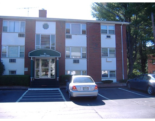 2 Colonial Drive, Andover, MA 01810