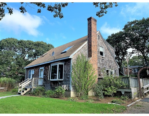 76 Manchester, Oak Bluffs, MA