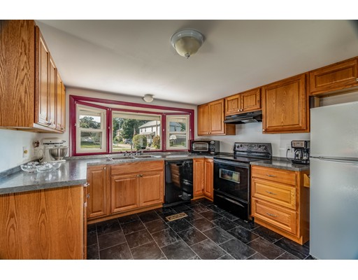 12 Coolidge Road, Chicopee, MA