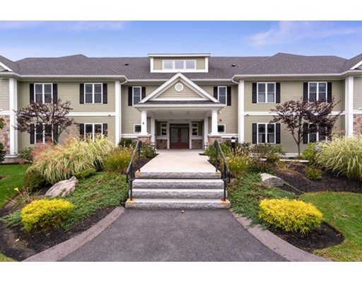 422 Eagles Nest Way, Franklin, MA 02038