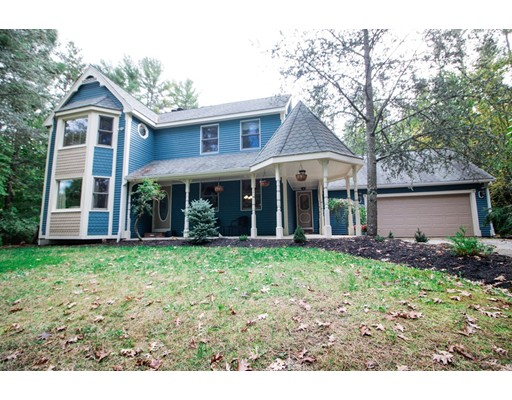 31 Holly Tree Lane, Middleboro, MA