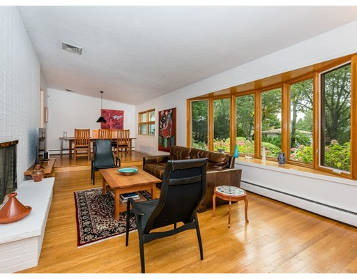 40 Kensington Circle, Brookline, MA