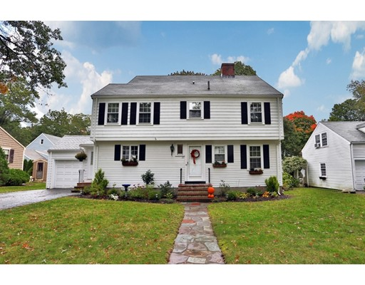 35 Woodcrest Drive, Melrose, MA