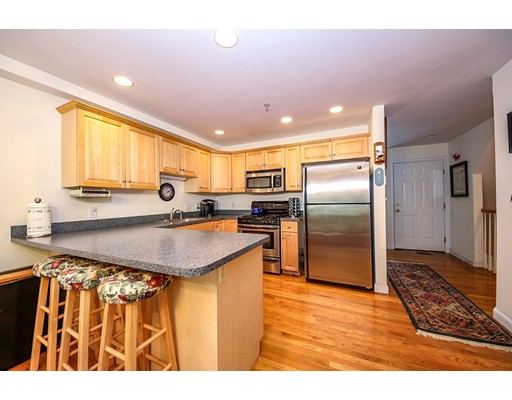 33 Grantley, Boston, MA 02136