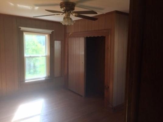 155 S Shelburne Rd, Greenfield, MA: $160,000