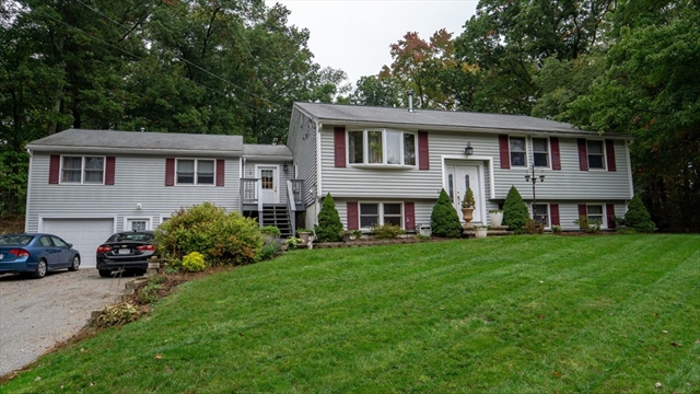 17 Wildbrook Road Billerica MA 01821