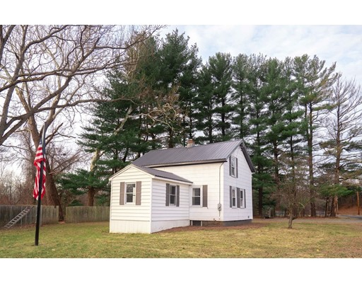212 Pochassic Rd, Westfield, MA 01085