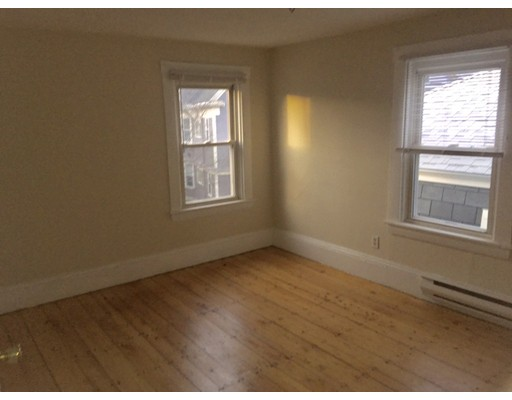 10 Homer Square, Somerville, Ma 02143