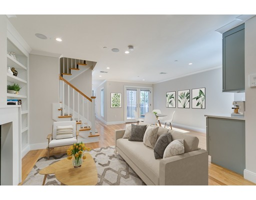 364 Bunker Hill Street, Boston, MA 02129