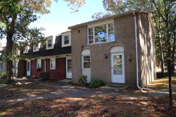 15 Cannongate Rd, Tyngsborough, MA, 01879, Middlesex Home For Sale