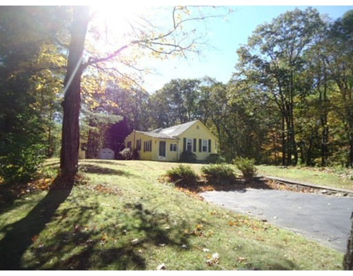 226 Pine Street, Leicester, MA