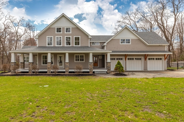 576 Lowell Street, Lynnfield, MA, 01940, Essex Home For Sale