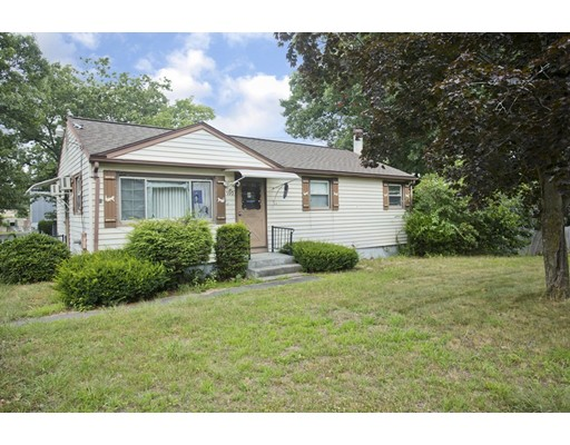 590 New Ludlow Road, Chicopee, MA
