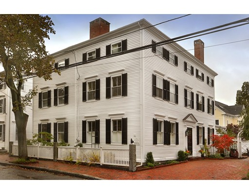 10 Fruit Street, Newburyport, MA