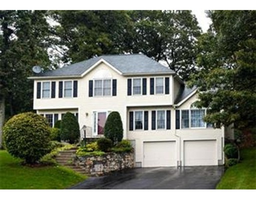 10 Pheasant Hollow Road, Natick, MA