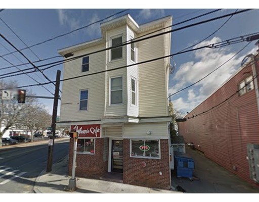 737 Lakeview Avenue, Lowell, MA 01850