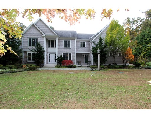 25 Hitching Post Road, Lakeville, MA