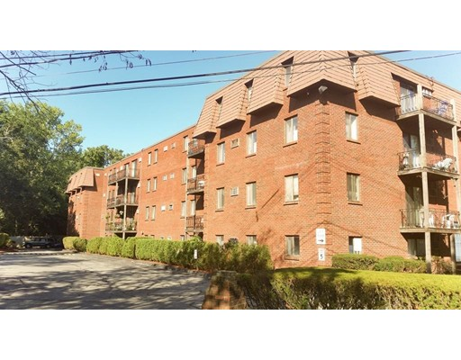 5 Washington St Unit D1, Reading, MA 01867