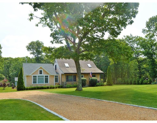 24 Deer Run Road, Oak Bluffs, Ma 02557