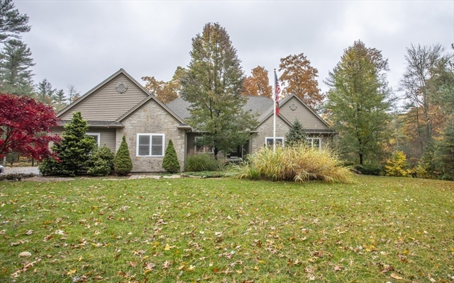 10 Anderson Way Lakeville MA 02347