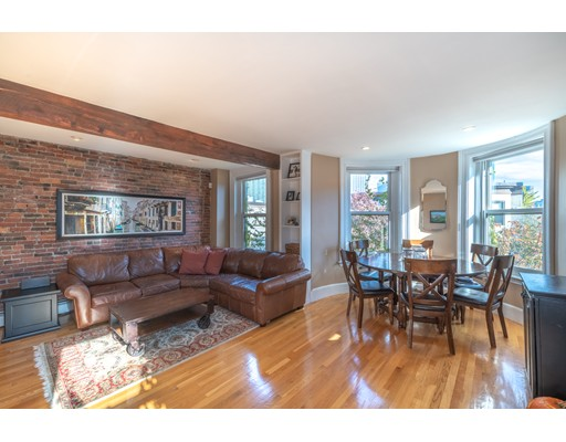 19 Albemarle Street, Boston, MA 02115