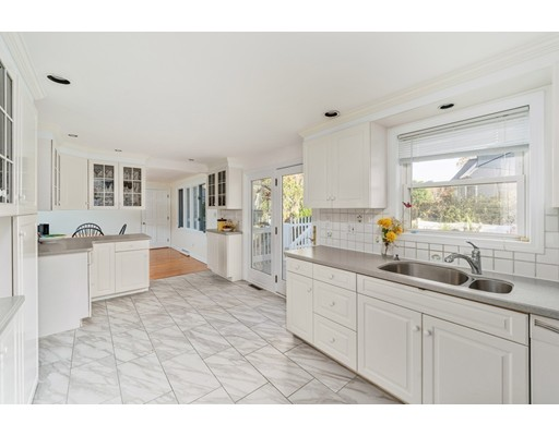 149 Jarvis Circle, Needham, Ma