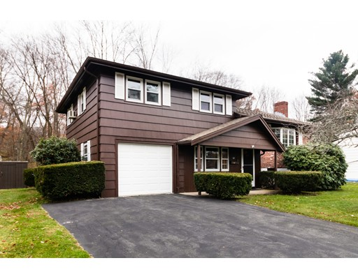 62 Garden Parkway, Norwood, MA