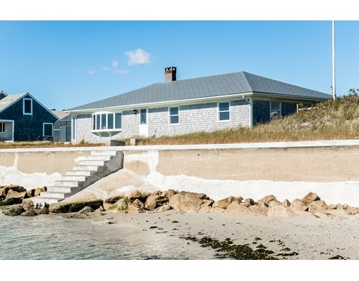81 Hawes Ave, Barnstable, MA 02601