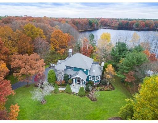 8 Beaumonts Pond Drive, Foxboro, MA