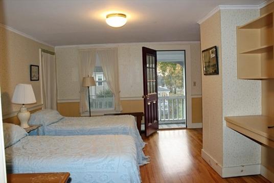 37 Main Street, Northfield, MA: $285,000