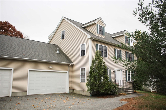 12 Bateman Court, Wakefield, MA, 01880, Middlesex Home For Sale