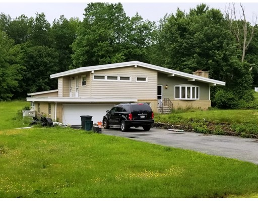 197 Upper North Row Road, Sterling, MA