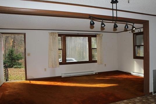 41 Linden Ave, Northfield, MA: $99,000