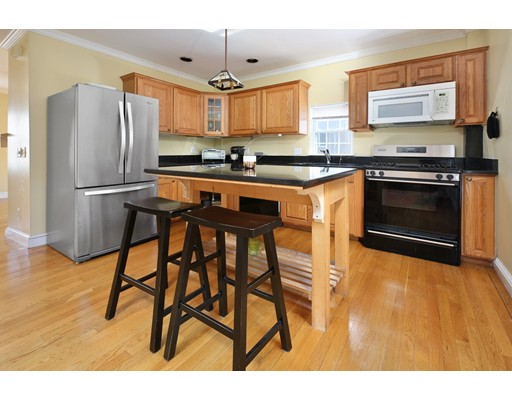 675-675 A East 8th Street, Boston, MA 02127