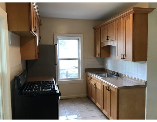 20 Riverside Avenue, Lowell, MA 01850