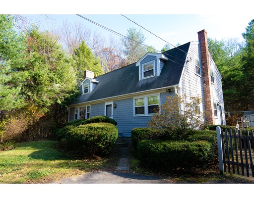 19 Warren Avenue, Harvard, MA