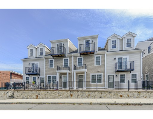 27 Howland St #8, Plymouth, MA 02360
