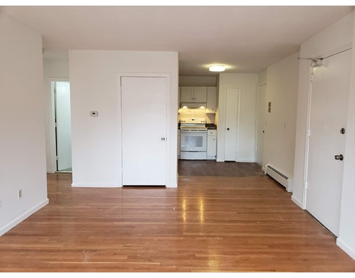 135 Neponset, Boston, MA 02122
