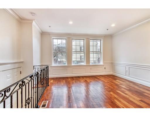 99 Baxter Street, Boston, MA 02127
