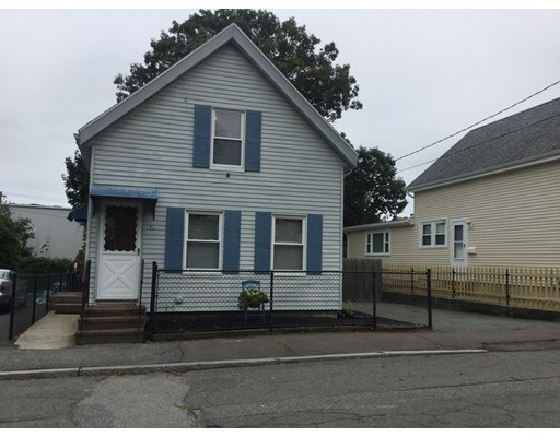 21 Willow, Gloucester, MA