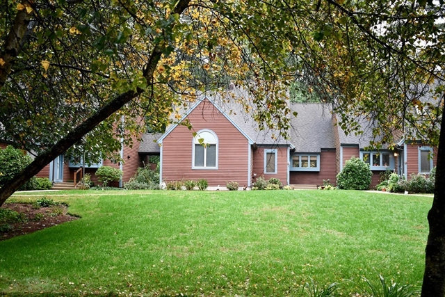 7 Bates Ln, Westford, MA, 01886, Middlesex Home For Sale
